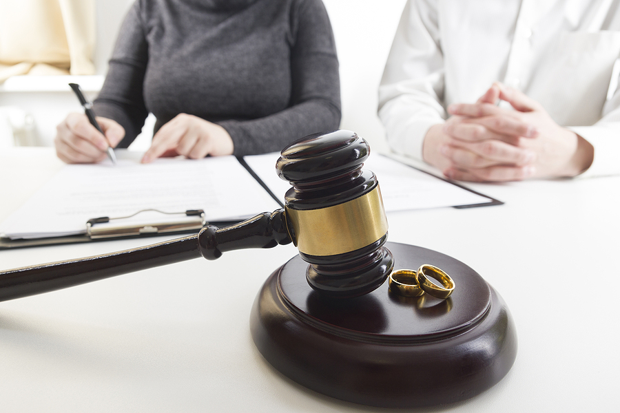 Couple consulting a Sydney family law specialist for their divorce